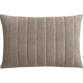 clutch natural 18x12 pillow