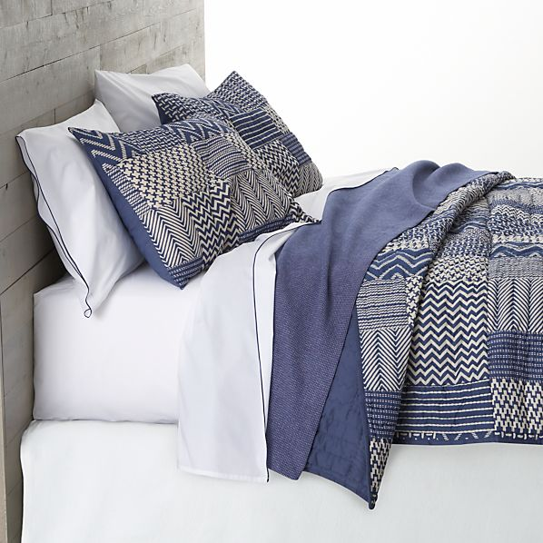 Aman Quilt and Pillow Shams