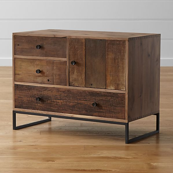 Atwood Chest