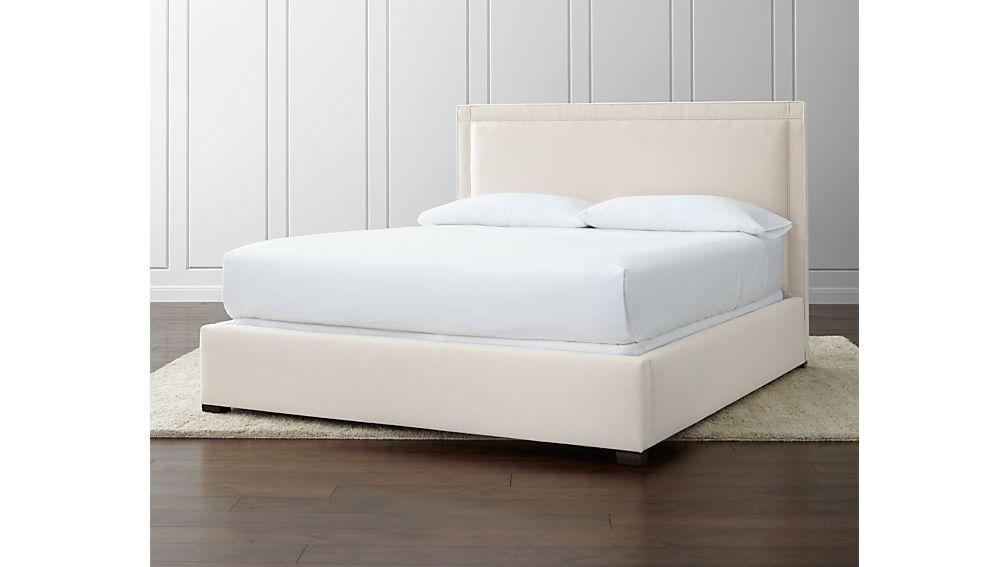 Border California King Bed