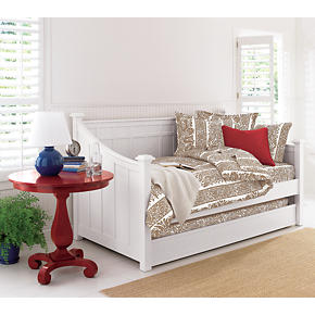 Brighton White Daybed with Trundle Set
