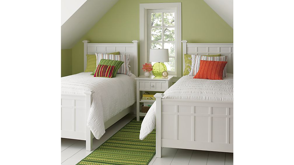 Brighton White Queen Bed