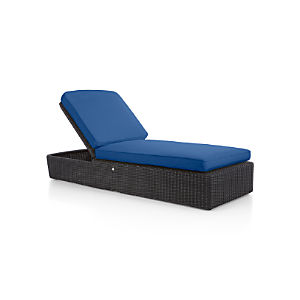 Calistoga Chaise Lounge with Sunbrella ® Cushion