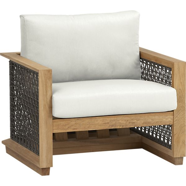 Canyon Lounge Chair with Sunbrella® White Sand Cushion