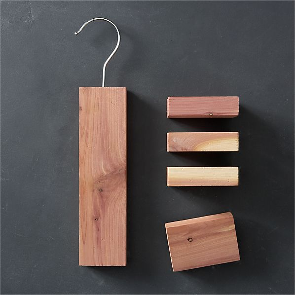Cedar Hang-Up with Lavender/Cedar Blocks with Lavender Set of Four
