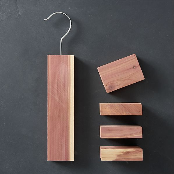 Cedar Hang-Up/Cedar Blocks Set of Four