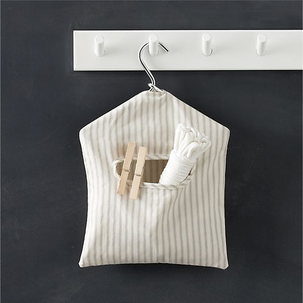 Clothesline and Pin Set