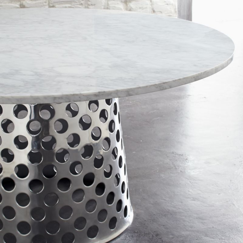 Como Round Marble Top Dining Table By Paola Navone, A Truly Stunning  Combination | Photo Courtesy Crate And Barrel