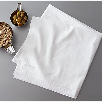 "Como Voile 60""x120"" Tablecloth"