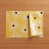 Daisy Easy Care Placemat and Daisy Napkin