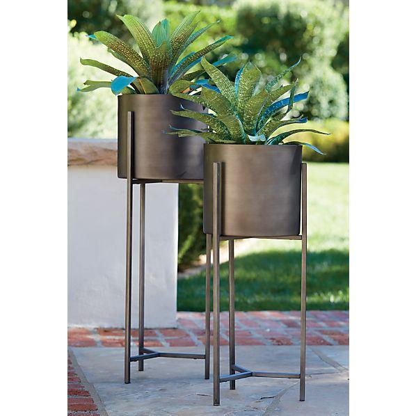 dundee floor planters crate and barrel. Black Bedroom Furniture Sets. Home Design Ideas