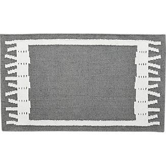 Fish Grey Indoor-Outdoor 2'x3' Rug