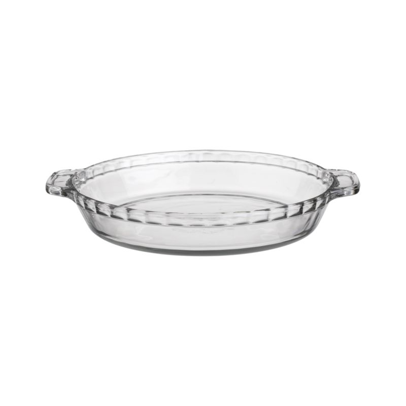 "Traditional glass pie dish with fluted ""crust"" edge from Anchor Hocking is an American kitchen classic. Glass bakes evenly and allows monitoring of bottom crust.<br /><br /><NEWTAG/><ul><li>100% glass</li><li>Dishwasher-, freezer-, microwave- and oven-safe to 450 degrees</li><li>Made in USA</li></ul>"