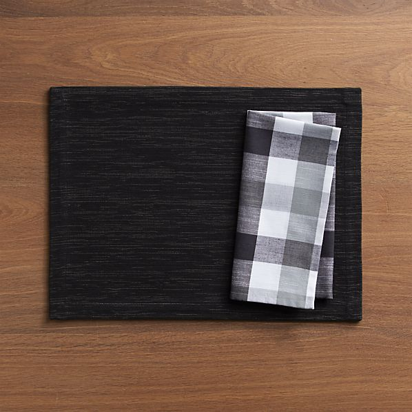 Grasscloth Black Placemat and Gingham Black-White Napkin