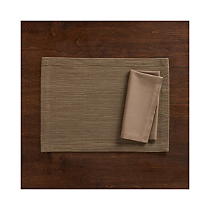 Grasscloth Brindle Placemat and Fete Brindle Cotton Napkin