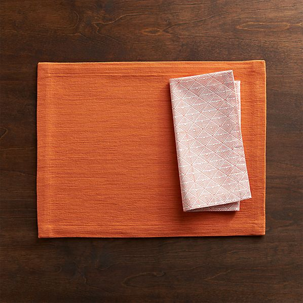 Grasscloth Pumpkin Placemat and Vie Block Print Napkin