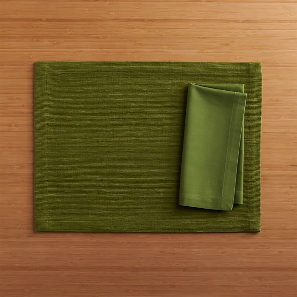 Grasscloth Pesto Placemat and Fete Pesto Cotton Napkin