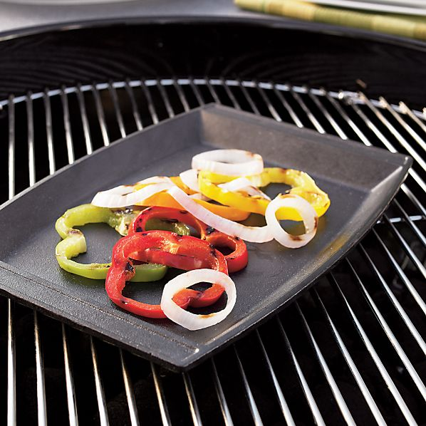 Lodge ® Cast Iron Sizzle Grill-Broiler Pan