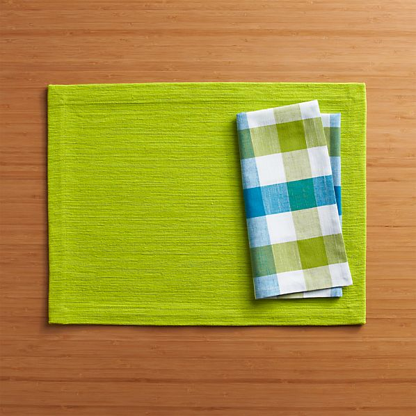 Grasscloth Lime Placemat and Gingham Green-Blue Napkin