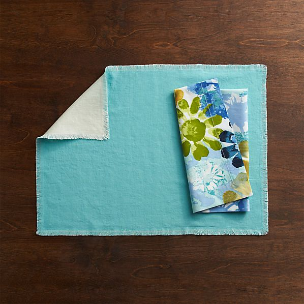 Helena Aqua-Vanilla Reversible Placemat and Amelia Blues Napkin