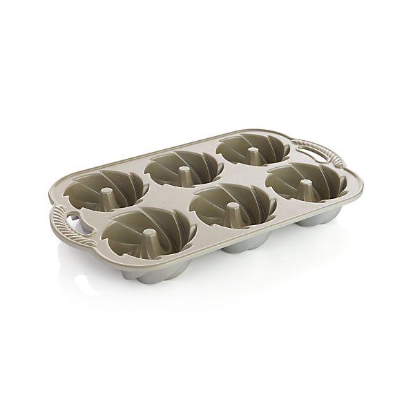 Nordic Ware ® Heritage Bundtlette ® Pan