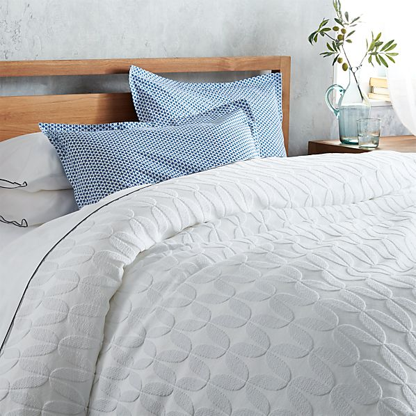 Jolie Twin Coverlet