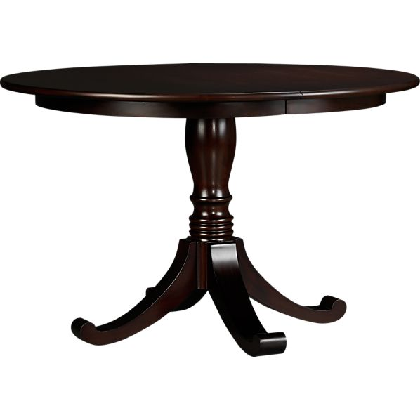 Round dining tables transform your dining room smart wares - Grande table ronde avec rallonge ...