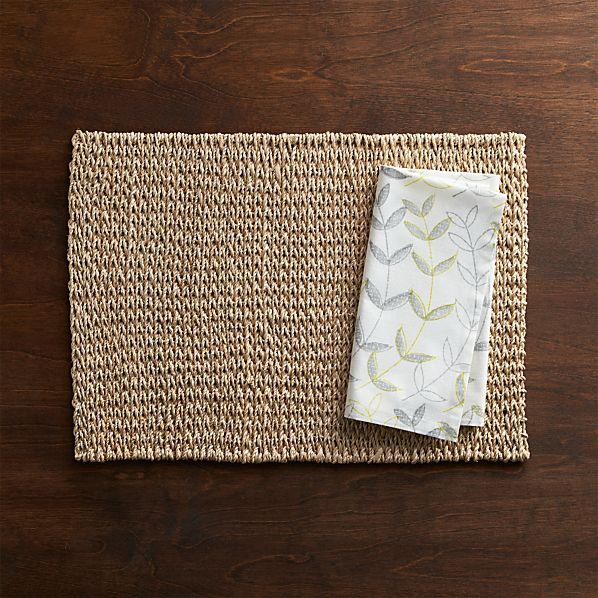Lanai Placemat and Sprout Green Napkin