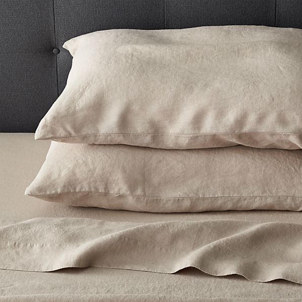 Lino Flax Linen Sheets and Pillow Cases | Crate and Barrel