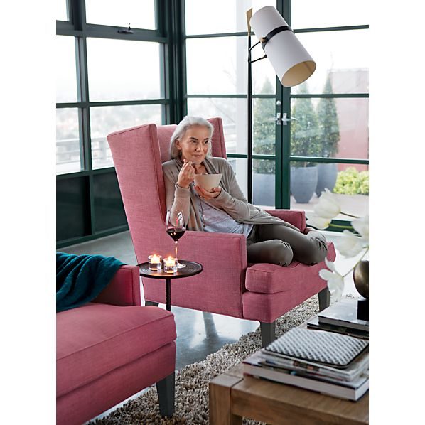 LuxeWingChair