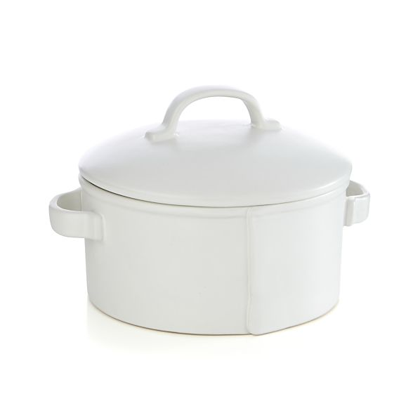 Noma 2.4-Quart Round Casserole with Lid