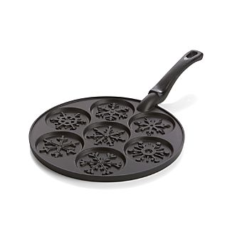 Nordic Ware ® Silver Dollar Snowflake Pan