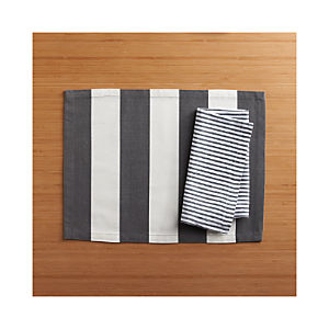 Olin Graphite Placemat and Liam Grey Stripe Napkin