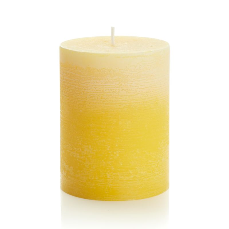 Candlelight enhances the nuanced glow of a single color as it deepens from light to dark. Subtle texture adds a natural note to the fresh, spring-like color.<br /><br /><NEWTAG/><ul><li>Paraffin wax</li><li>Cotton wick</li><li>Burn time: 50 hours</li><li>Made in Thailand</li></ul>