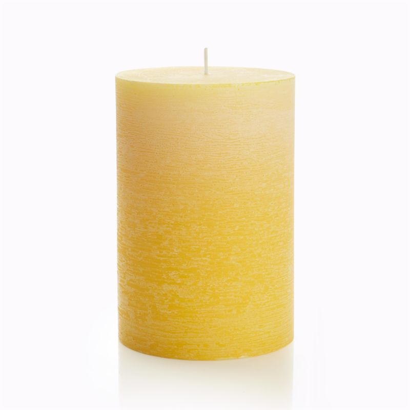 Candlelight enhances the nuanced glow of a single color as it deepens from light to dark. Subtle texture adds a natural note to the fresh, spring-like color.<br /><br /><NEWTAG/><ul><li>Paraffin wax</li><li>Cotton wick</li><li>Unscented</li><li>Burn time: 90 hours</li><li>Made in Thailand</li></ul>