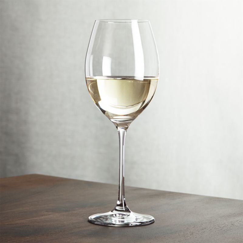 Classic wine shape is crafted with pulled stem and fire-polished rim. Machine-made using the latest technology to resemble the quality of handblown stemware at an everyday price.<br /><br /><NEWTAG/><ul><li>Pulled stem</li><li>Hand washing recommended</li><li>Made in Slovakia</li></ul><br />