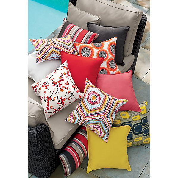 OutdoorPillowsAV3OFRG15