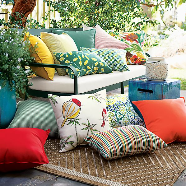 OutdoorPillowsOFRG14