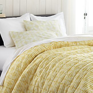 Oxford Yellow Quilts