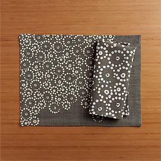 Perla Grey Placemat and Napkin