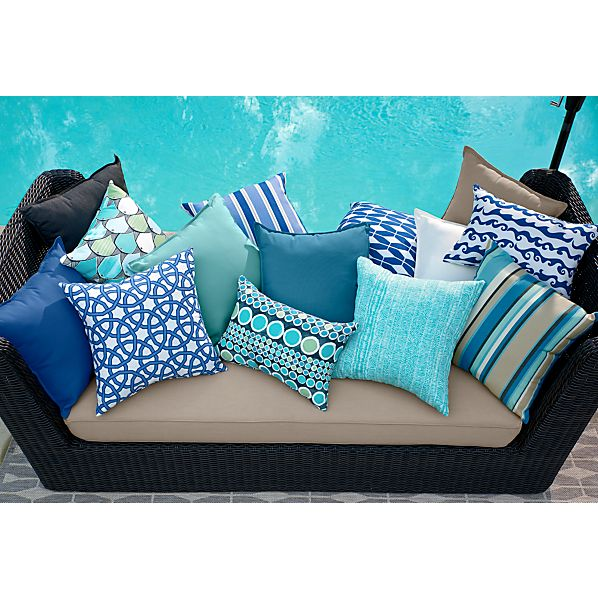 PillowsBlueGroupORVXS15