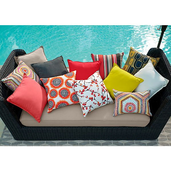 PillowsRedGroupORVXS15.tif