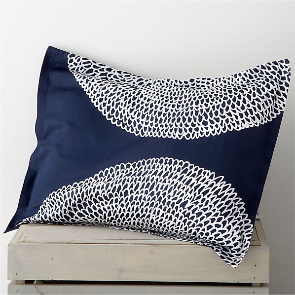 Pippurikera Navy Standard Pillow Sham