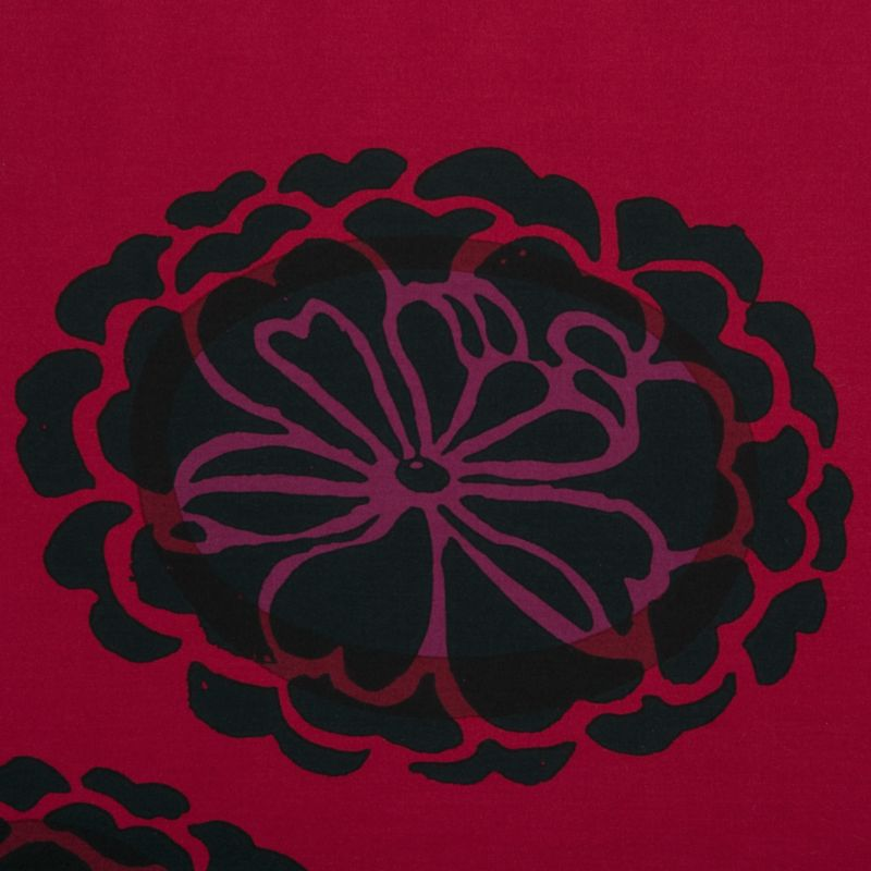 "Inspired by Slavic folk art, Maija Isola's exotic, ornamental botanical is as fresh today as it was when it debuted in 1963. ""Midnight"" black and purple flowers pop on a vibrant garnet ground of 300-thread-count cotton sateen.<br /><br /><NEWTAG/><ul><li>100% cotton</li><li>300-thread-count</li><li>Machine wash</li><li>Made in Mexico</li></ul><br />"