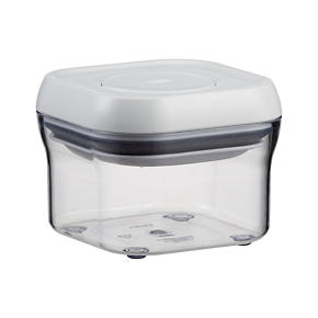 OXO Pop Square .3qt Container with Lid