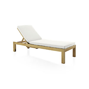 Regatta Chaise Lounge with Sunbrella ® White Sand Cushion