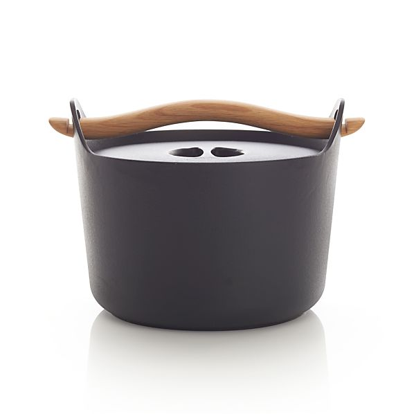 Iittala Sarpaneva Dutch Oven with Wood Handle