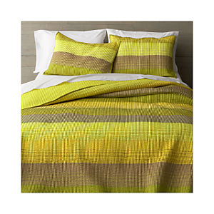 Sedona Green Quilt and Pillow Shams
