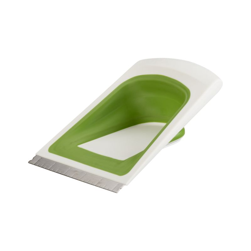 Chef'n ® Sleek Scrape Collapsible Scraper