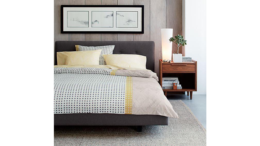 Tate Full Bed